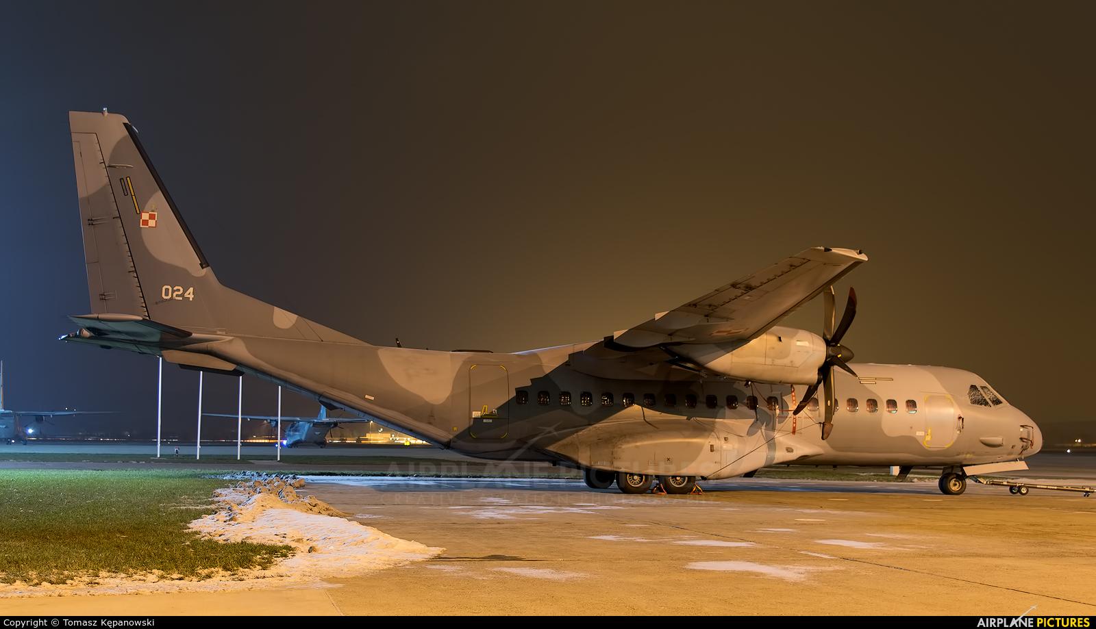 Poland - Air Force 024 aircraft at Kraków - John Paul II Intl