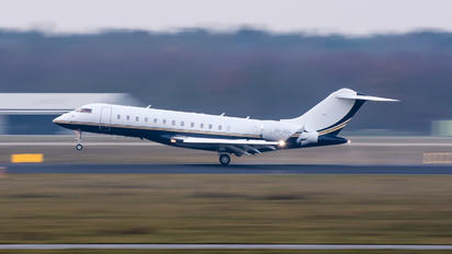 VH-SGA - Private Bombardier BD-700 Global Express XRS