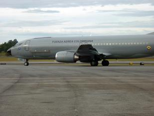 FAC1209 - Colombia - Air Force Boeing 737-400(Combi)