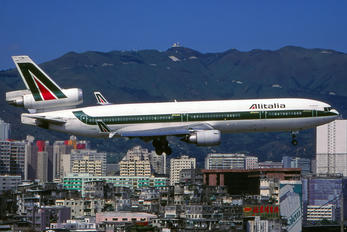 I-DUPA - Alitalia McDonnell Douglas MD-11F