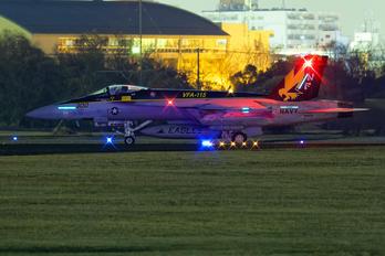 NF300 - USA - Navy Boeing F/A-18E Super Hornet