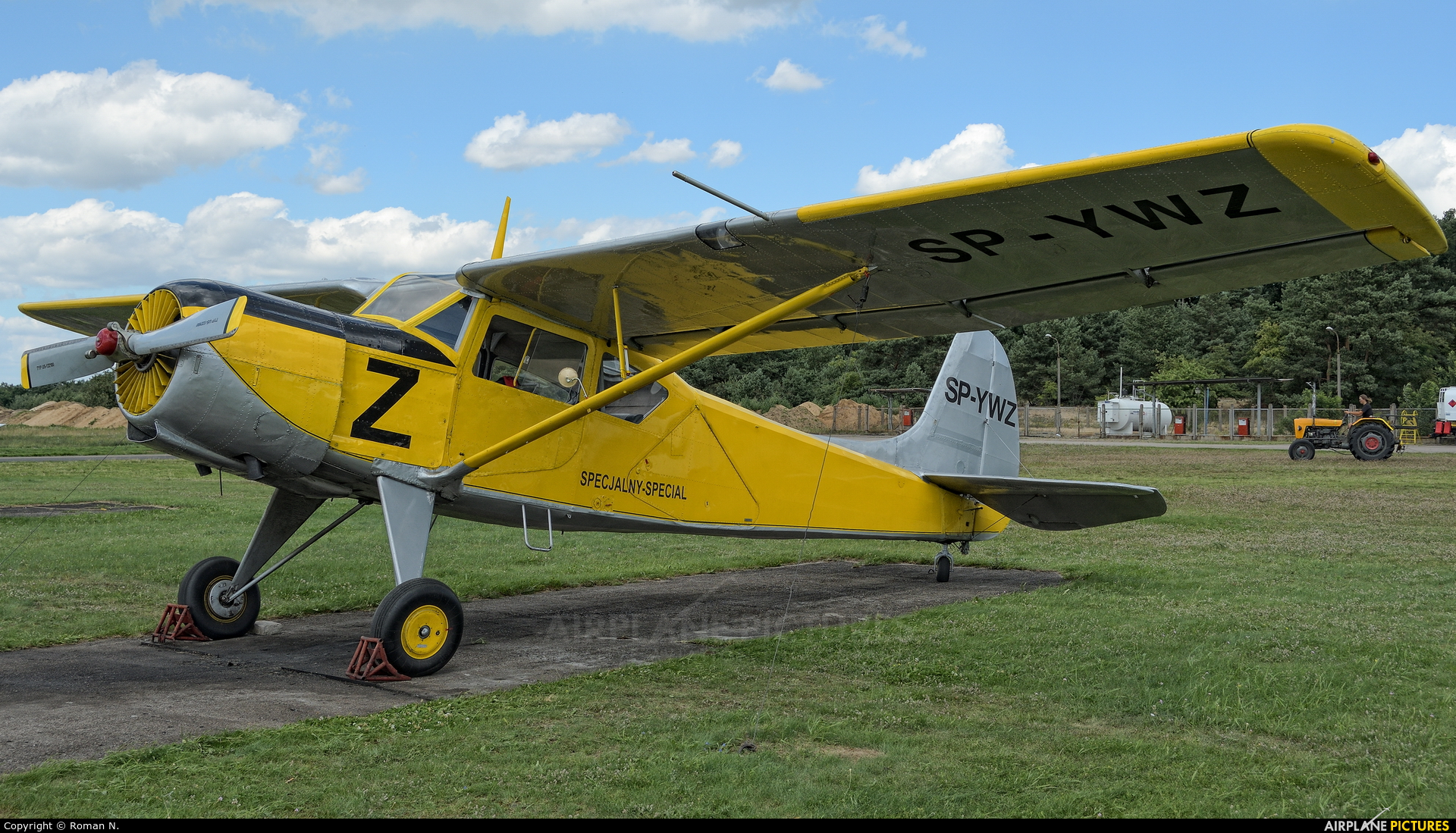 Private SP-YWZ aircraft at Toruń