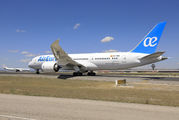 EC-MOM - Air Europa Boeing 787-8 Dreamliner aircraft