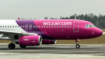 HA-LYN - Wizz Air Airbus A320 aircraft