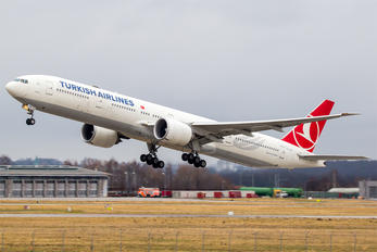 TC-JJK - Turkish Airlines Boeing 777-300ER