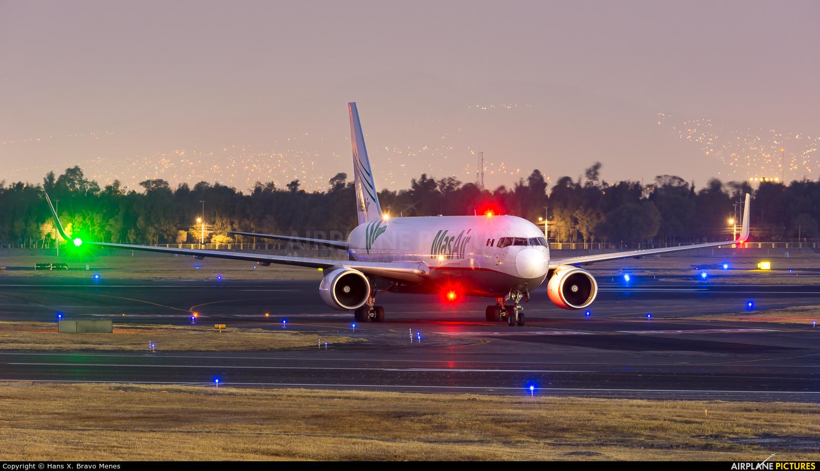 MasAir N420LA aircraft at Mexico City - Licenciado Benito Juarez Intl