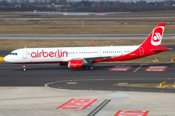 D-ALSC - Air Berlin Airbus A321