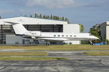 N90JE - Private Gulfstream Aerospace G-V, G-V-SP, G500, G550