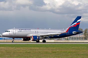 VQ-BPW - Aeroflot Airbus A320