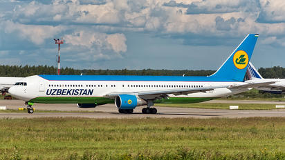 UK67008 - Uzbekistan Airways Boeing 767-300ER