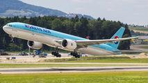 HL8011 - Korean Air Boeing 777-300ER aircraft