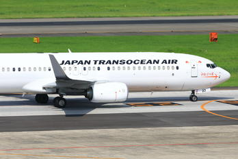JA03RK - JAL - Japan Transocean Air Boeing 737-800