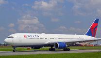 N1604R - Delta Air Lines Boeing 767-300ER aircraft