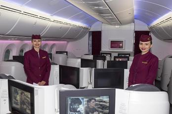 - Qatar Airways - Aviation Glamour - Flight Attendant