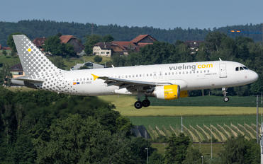 EC-HGZ - Vueling Airlines Airbus A320