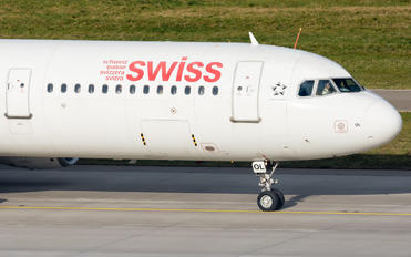 HB-IOL - Swiss Airbus A321