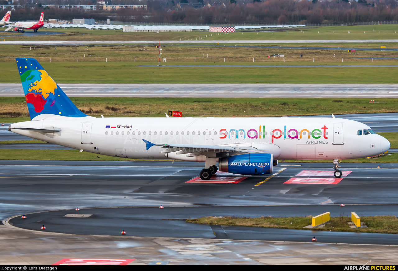 Small Planet Airlines SP-HAH aircraft at Düsseldorf