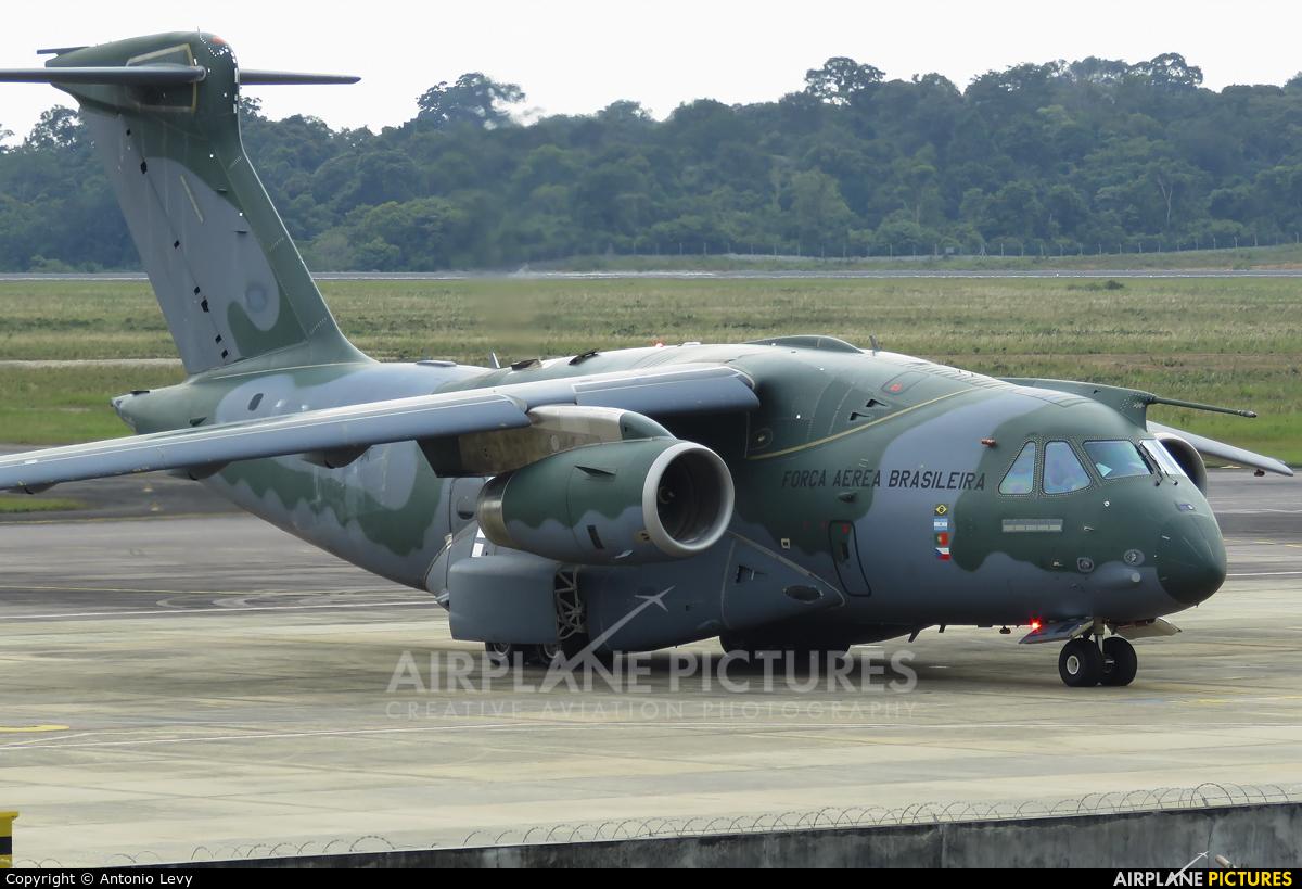 Brazil - Air Force PT-ZNJ aircraft at Manaus - Eduardo Gomes