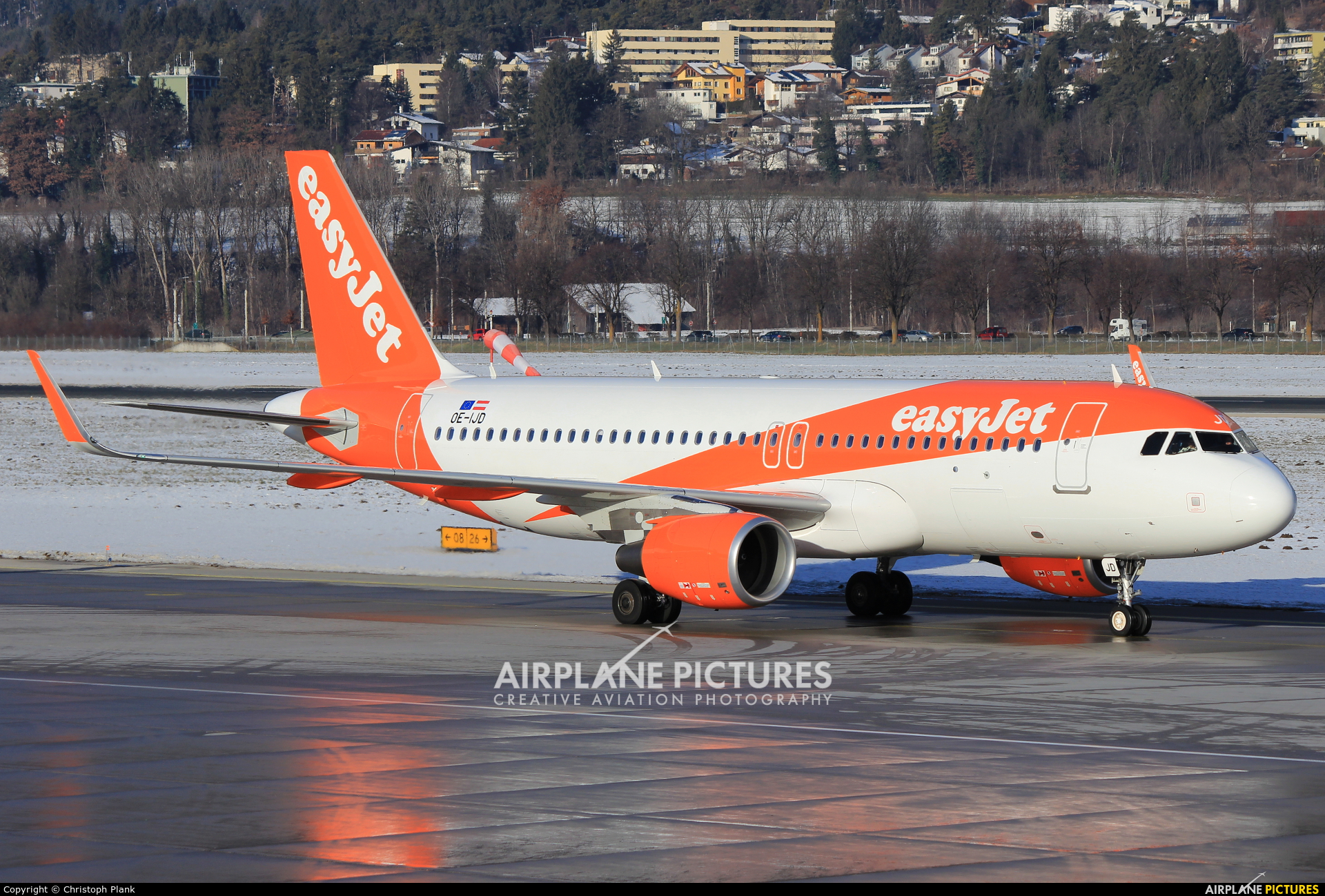 easyJet Europe OE-IJD aircraft at Innsbruck