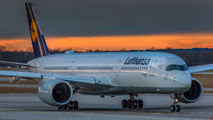 Lufthansa D-AIXA image