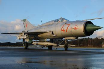 47 RED - Russia - Air Force Mikoyan-Gurevich MiG-21PFM