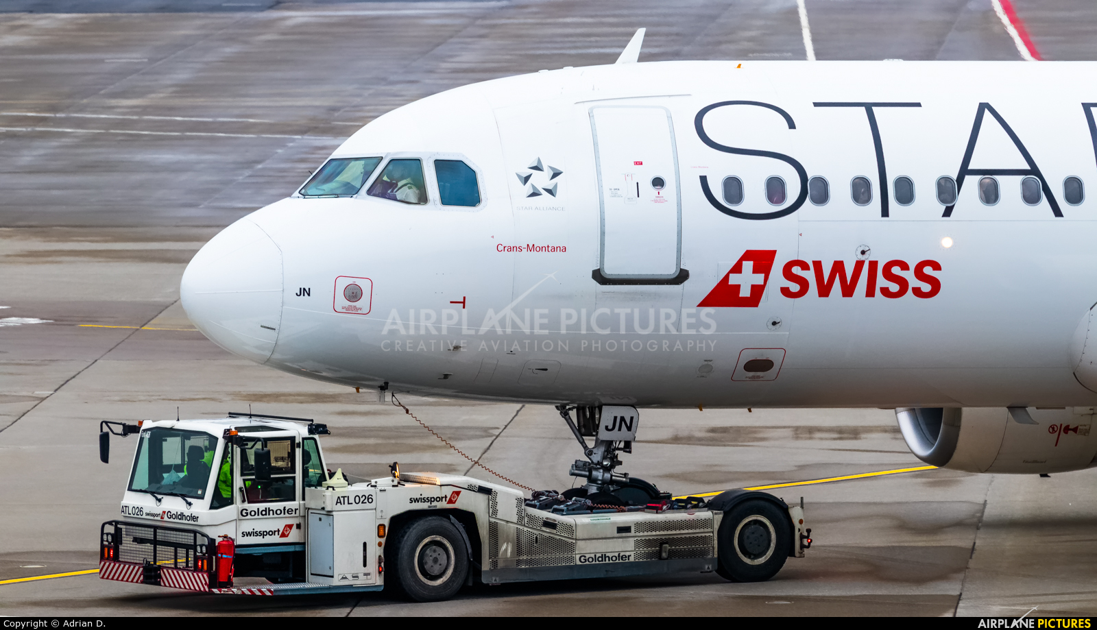 Swiss HB-IJN aircraft at Zurich