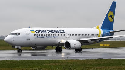 UR-PSS - Ukraine International Airlines Boeing 737-8AS