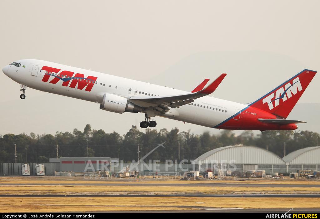 TAM PT-MOB aircraft at Mexico City - Licenciado Benito Juarez Intl