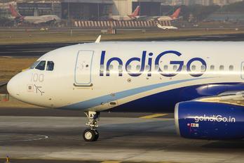 VT-IAY - IndiGo Airbus A320