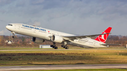 TC-JJO - Turkish Airlines Boeing 777-300ER