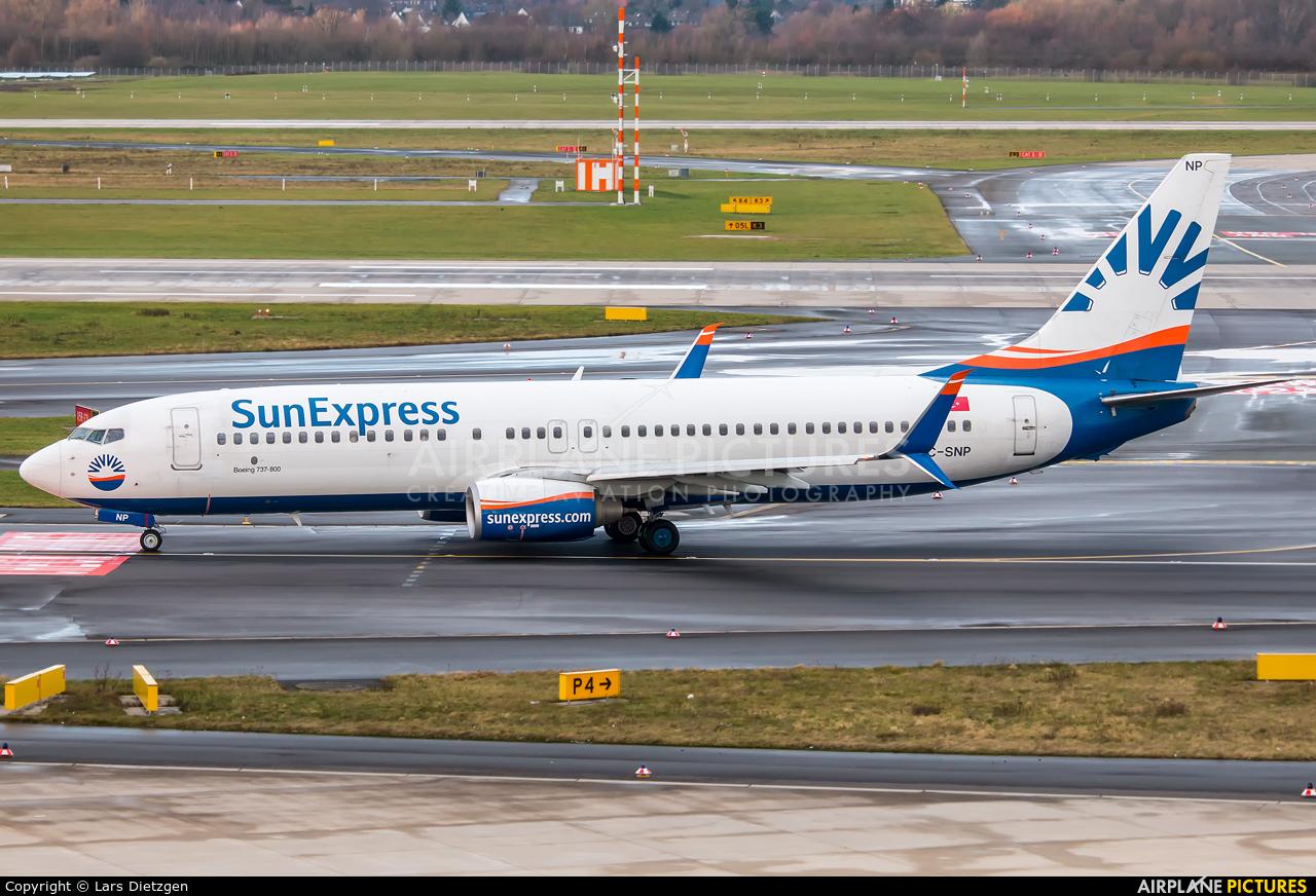 SunExpress TC-SNP aircraft at Düsseldorf