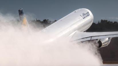 D-AIKO - Lufthansa Airbus A330-300