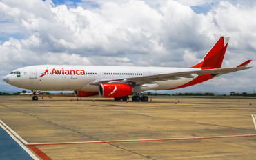 PR-OCJ - Avianca Brasil Airbus A330-200
