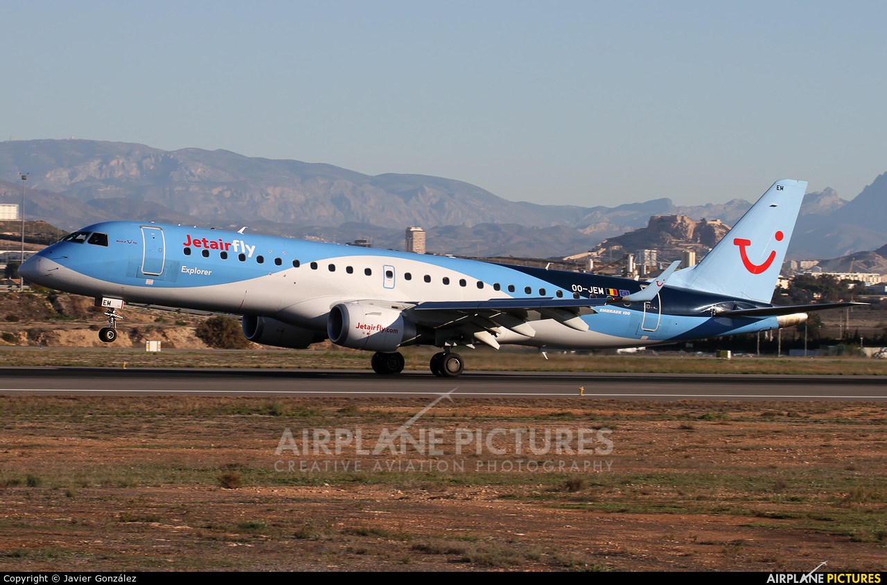 Jetairfly (TUI Airlines Belgium) OO-JEM aircraft at Alicante - El Altet