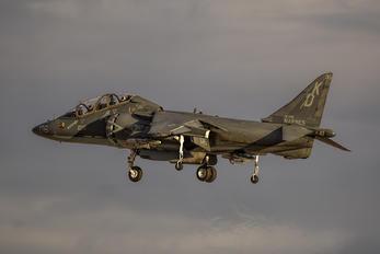 163196 - USA - Marine Corps McDonnell Douglas TAV-8B Harrier II