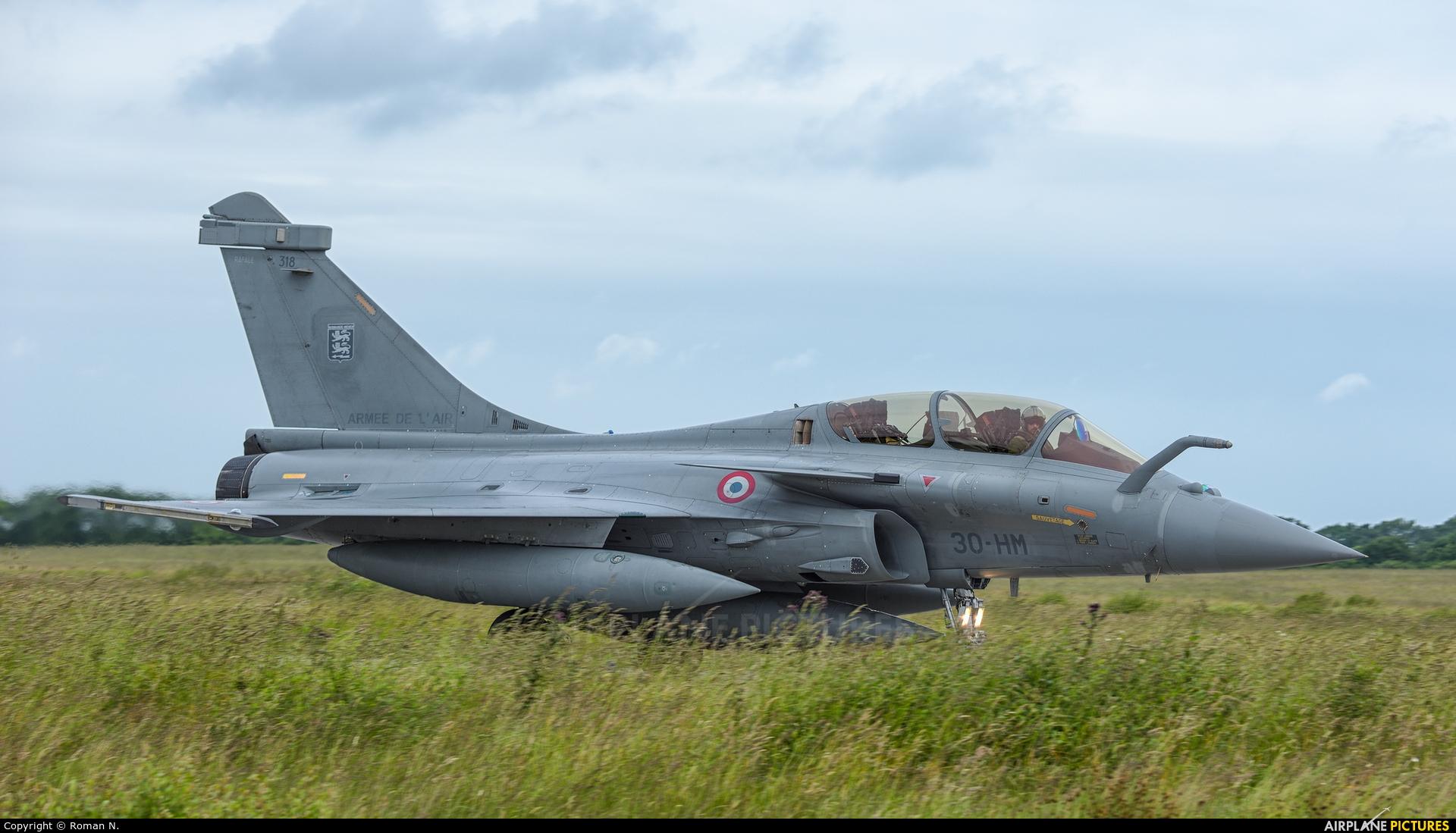 France - Air Force 318 aircraft at Landivisiau