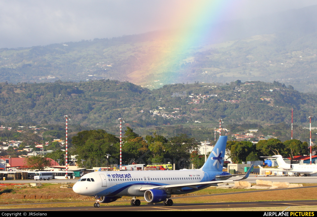 - Airport Overview  aircraft at San Jose - Juan Santamaría Intl