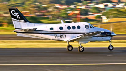 TI-BFY -  Beechcraft 90 King Air Cargoliner