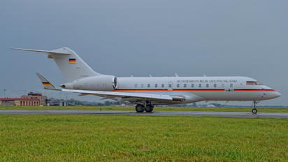 14+01 - Germany - Air Force Bombardier BD-700 Global 5000