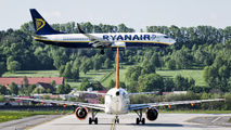G-EZAU - easyJet Airbus A319 aircraft
