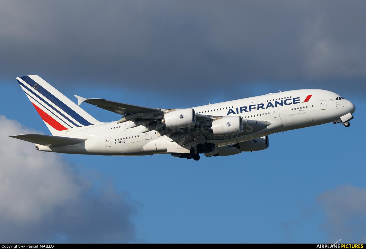 Air France F-HPJG aircraft at Paris - Charles de Gaulle