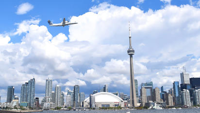 C-GLQO - Porter Airlines de Havilland Canada DHC-8-400Q / Bombardier Q400