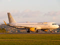 Vueling Airlines Airbus A320 EC-LVO at La Coruña airport