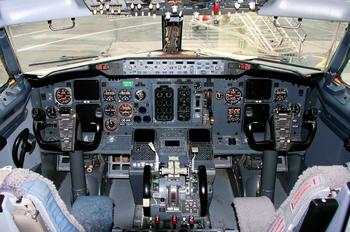 OE-IAS - TNT Boeing 737-400F