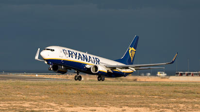 EI-FZO - Ryanair Boeing 737-8AS