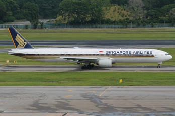 9Y-SYG - Singapore Airlines Boeing 777-300