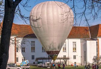 S5-OBU - Private Kubicek Baloons BB series
