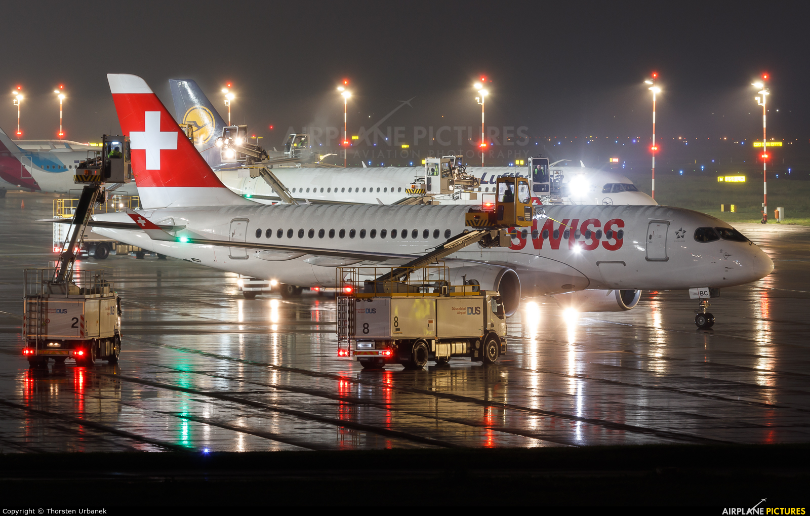 Swiss HB-JBC aircraft at Düsseldorf