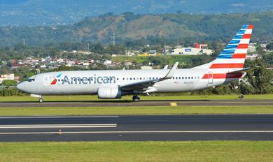 N967AN - American Airlines Boeing 737-800