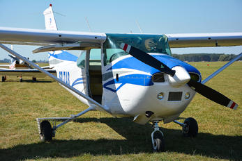 SP-TAB - Private Cessna 182 Skylane (all models except RG)